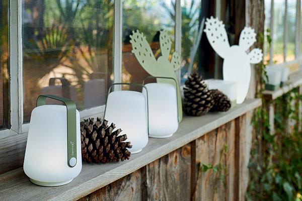 Ambiance Petite Lampe Portable Fermob Balad pour éclairage de jardin