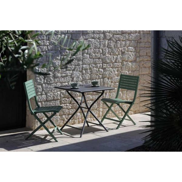 Salon de jardin PROLOISIRS Table Guéridon Globe 70 cm gris + 2 chaises LUCCA amandes