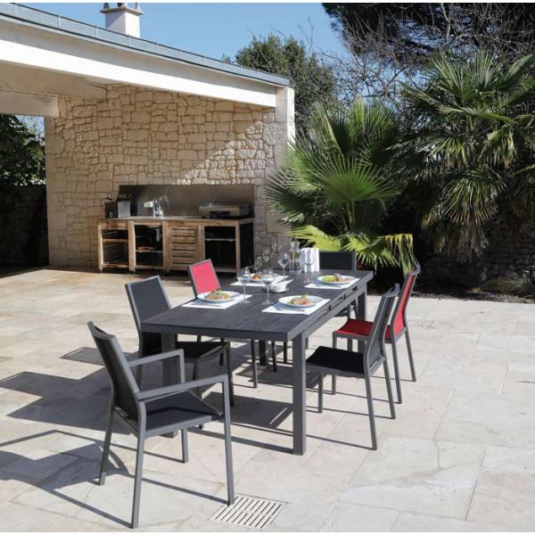 Salon de jardin PROLOISIRS Table Teramo 180/235 grise + 6 chaises IDA rouges