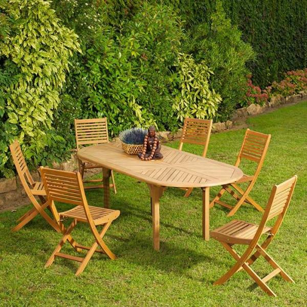 Chaise de jardin Saturne autour de la table