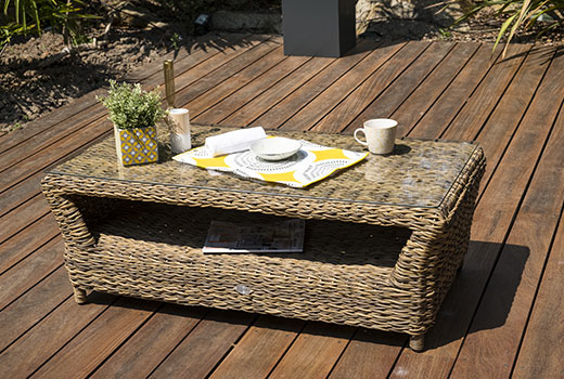 table du salon de détente de jardin Paris Garden Havana